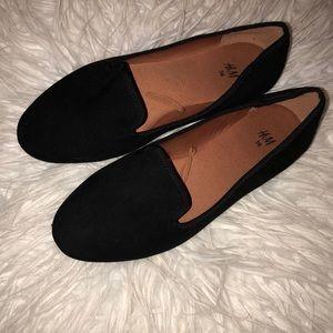 black h&m flats/shoes